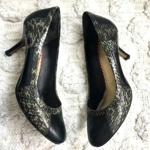 Johnston & Murphy Embossed Snakeskin Leather Heels